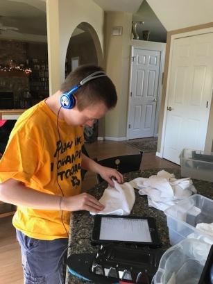 nick folding washcloths